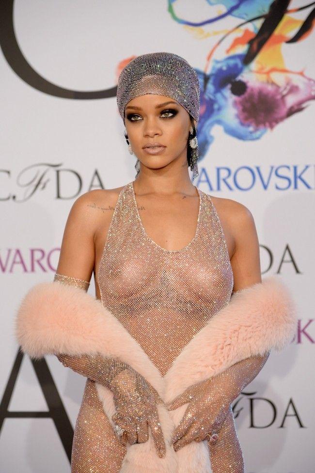 2014 CFDA Fashion Awards - Rihanna 6