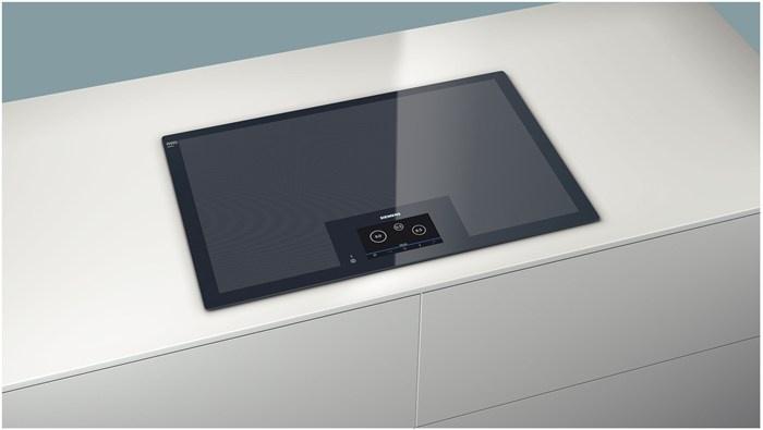 Siemens EH801KU11E full surface flexible induction max 4 pans ca 4000 EUR