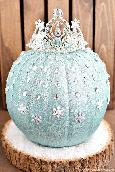 Frozen Elsa Pumpkins #disney #pumpkin #halloween #frozen http://livedan330.com/2014/10/21/frozen-elsa-pumpkins/