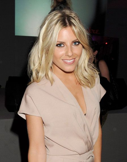 how to get hair like mollie king
