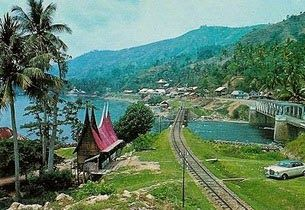 Danau Singkarak, Solok-Tanah Datar, Sumatera Barat - Wisata Alam