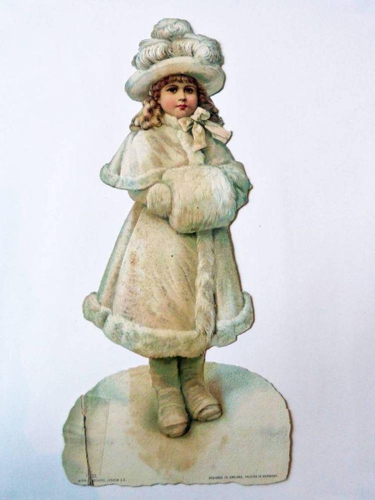 altes Oblate aus Pappe Mädchen im Schnee mit Pelz Birn Brothers London um 1910