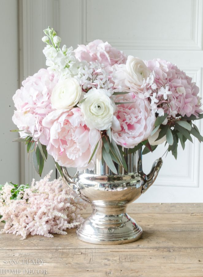 How To Mix Fresh And Faux Flowers In An Arrangement Sanctuary Home Decor Faux Flower Arrangements Hydrangea Flower Arrangements Fresh Flowers Arrangements
