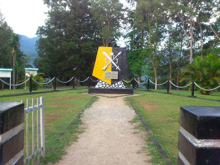 Tugu MacArthur Papua