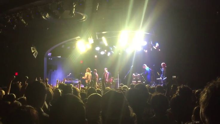 "Iggy Pop & Josh Homme Cover Bowie ""China Girl"" Post Pop Depression Tour ..."