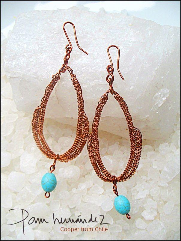 Aros tejido en hilo de cobre esmaltado con turquesas*