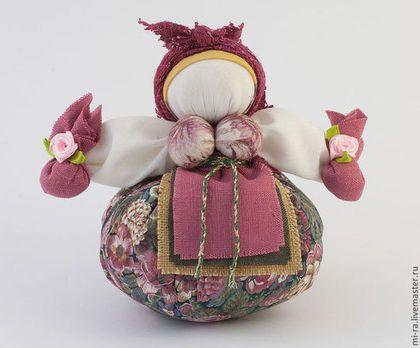 Народные куклы ручной работы. Ярмарка Мастеров - ручная работа кубышка- травница. Handmade.