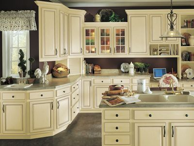 Best Armstrong Cabinets Tuscany In Vanilla Cream Brown Glaze 400 x 300