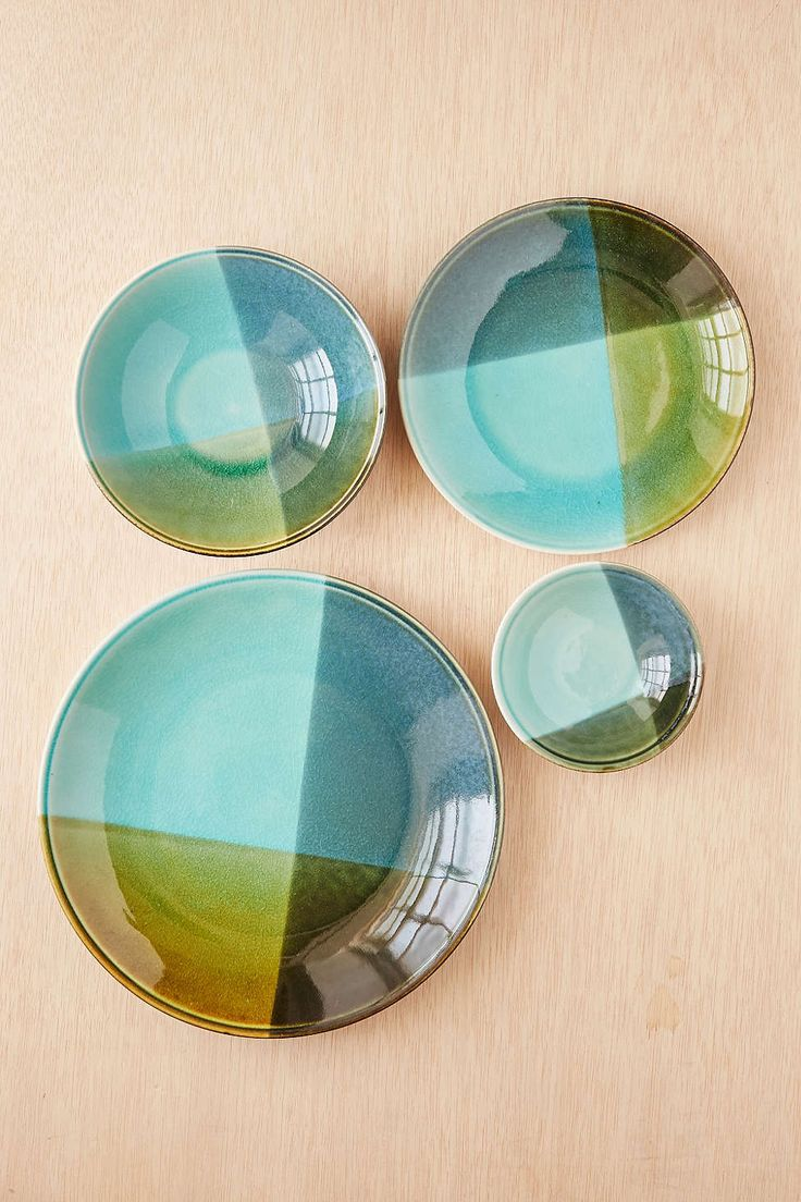 16-Piece Color-Blocked Dinnerware Set