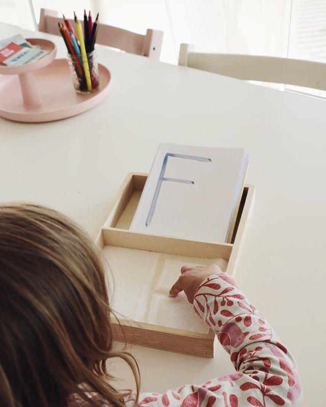 Formen, Zahlen und Buchstaben einfach mit allen Sinnen lernen #montessori