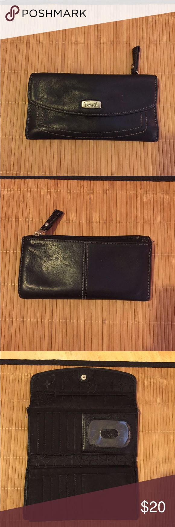 Fossil wallet Fossil wallet, Pre-Loved❤️❤️❤️😍😍, slightly ravelled on both upper rear side - 🌺🌺about 18 card slots, an I.D Card window, 4 bill slots, a coin section In rear. Fossil Bags Clutches & Wristlets