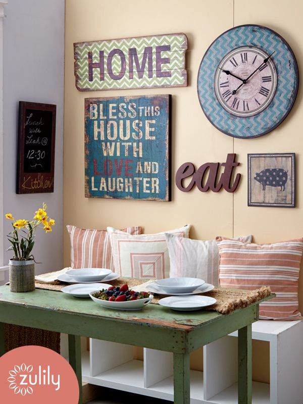 Image gallery kitchen wall decor ideas for Small kitchen wall art