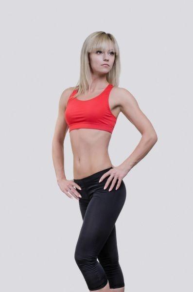 Aya Antipova sexy championne du monde d'haltérophilie