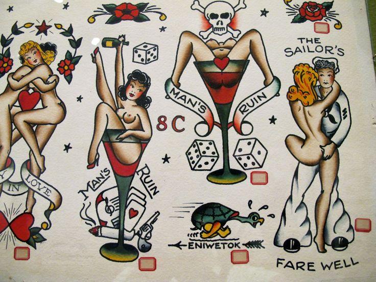 """A popularização da tatuagem pode ser ligada ao nome de Normal """"Sailor Jerry"""" Collins (1911-1973). Ele criou um lendário estúdio de tatuagem no final dos anos 20, em Honolulu, Havaí."""