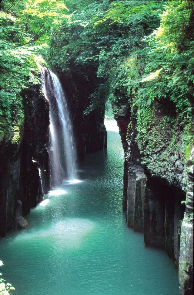 高千穂峡(五ヶ瀬川峡谷)