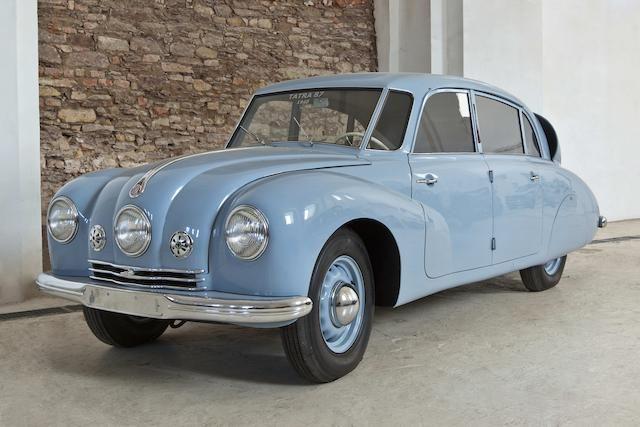 1948 Tatra T87 berline
