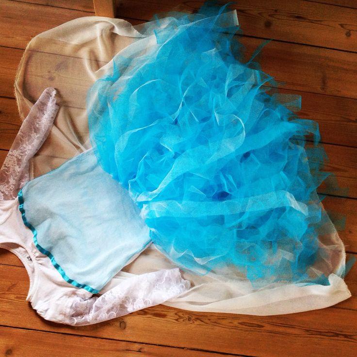 Elsa dress...