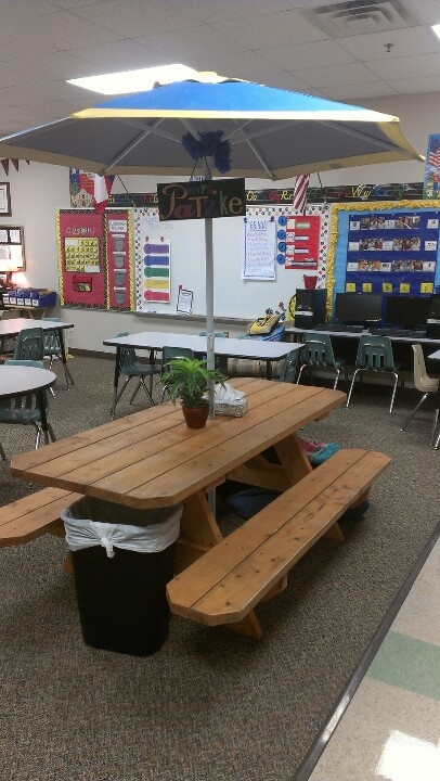 cool classroom table! I would hope that I could do something to my room to make it fun and enjoyable for the students.