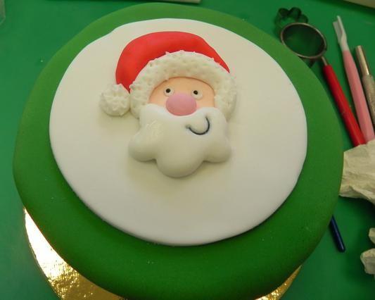 Η πιο εντυπωσιακή ιδέα για βασιλόπιτα με... ζαχαρόπαστα! Οδηγίες βήμα-βήμα από το Make my Cake