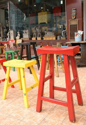 How to Paint a Wooden Stool