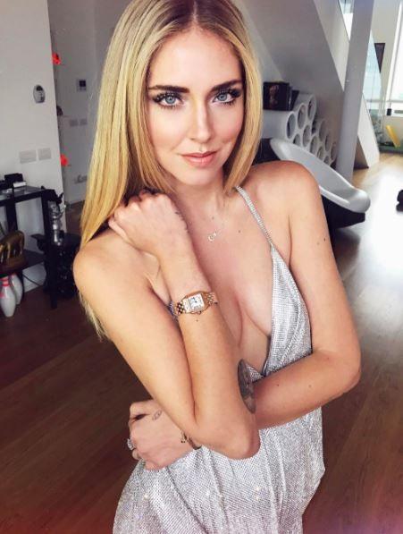*NEW POST* Cotilleos de famosos: los chismes más jugosos sobre la blogger Chiara Ferragni de The Blonde Salad. Pedida de mano, cirugía plástica, desnudez… ¿Quién es realmente Chiara Ferragni? Leer más: http://www.potoroze.es/blog/10-05-2017/famosos/cotilleos-de-famosos-chismes-jugosos-blogger-chiara-ferragni-the-blonde-salad?utm_content=buffere6f39&utm_medium=social&utm_source=pinterest.com&utm_campaign=buffer *NEW POST* Gossip people : tous nos potins croustillants sur la bloggeuse Chiara…