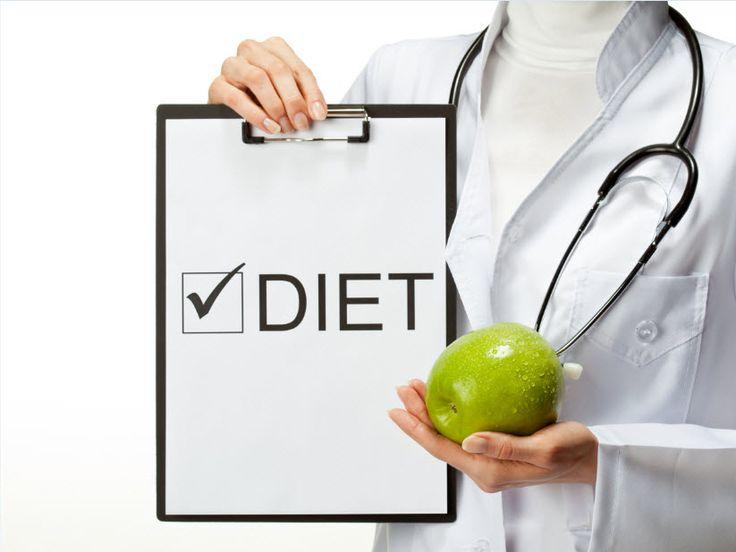 Conoce las fases de la dieta posterior a la cirugía de Manga Gástrica: los alimentos, el tiempo de cada fase y lo que hay que evitar.