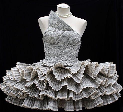 Ateliê Reciclagem: Vestido de Jornal