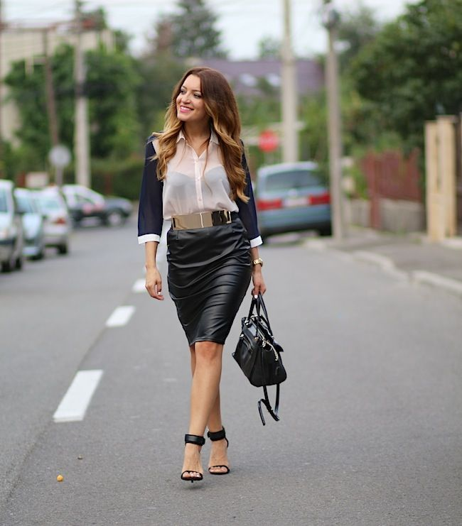 black leather skirt and lovely shirt  http://www.sandrab.ro/2013/07/black-leather-skirt.html