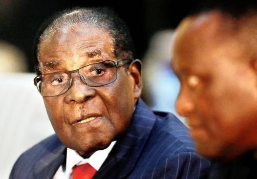 Mugabe continues to cling to power #zimbabwe