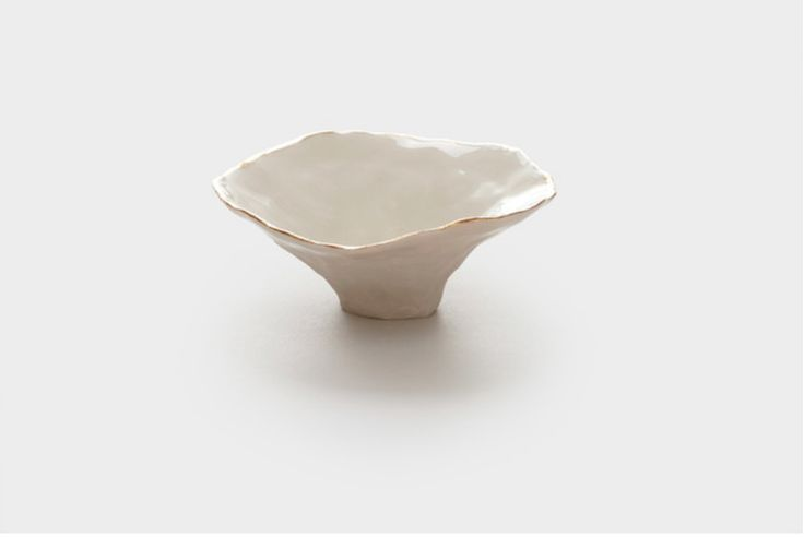 Porcelain Pinch Pot, Gold Rim http://www.houzz.com/photos/25669711/Porcelain-Pinch-Pot-Gold-Rim-eclectic-decorative-bowls