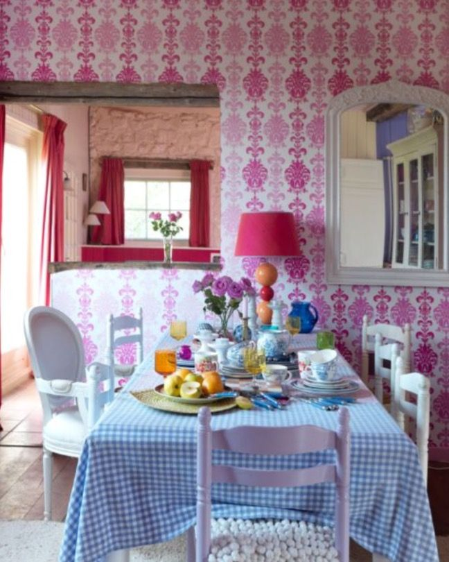 """This vivid diner area is from our feature """"Heavenly Living"""""""