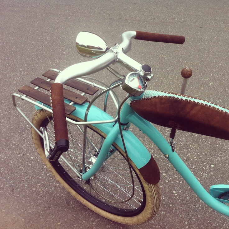 A custom Electra. My bike made by Bicicle TeMe