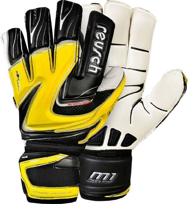 Top 10 Goalkeeper gloves of 2013