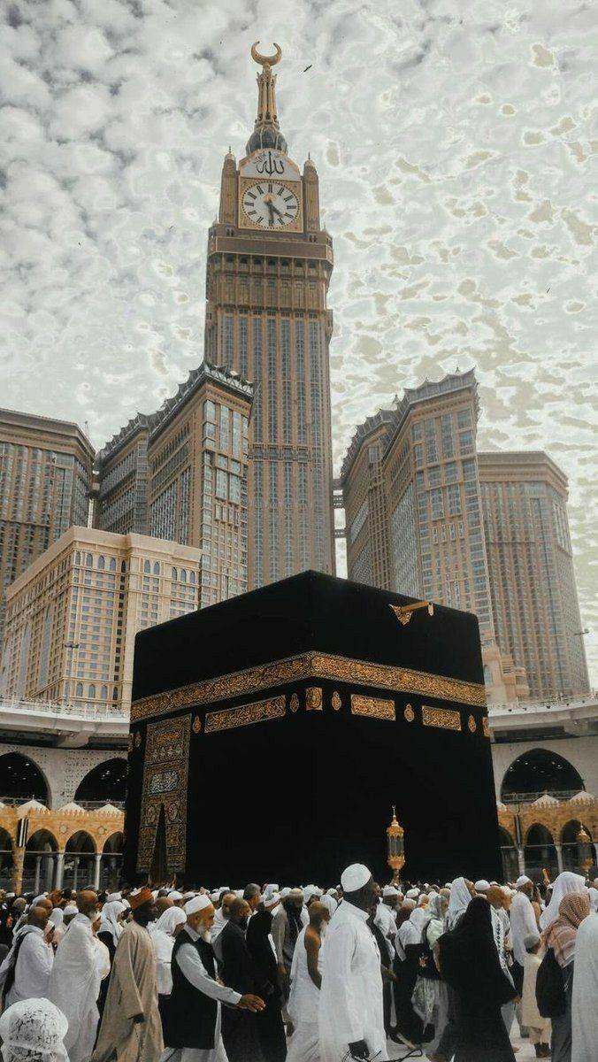Pin oleh nadin elkharoiti di Islam di 2020 Mekah