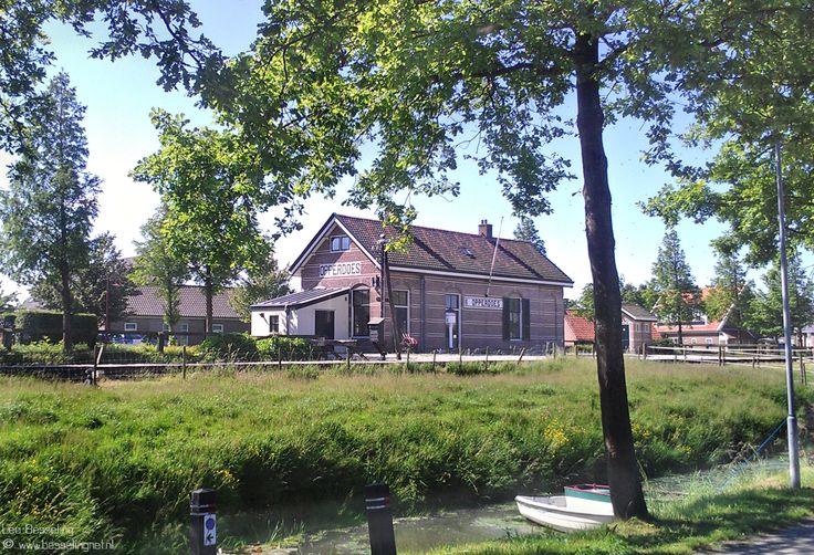 Station Opperdoes aan de spoorlijn van de Stoomtram Hoorn-Medemblijk. Opperdoes bekend om zijn aardappelen ¨De Opperdoezer Ronde¨  © Leo Besseling. http://www.opperdoezerronde.nl/