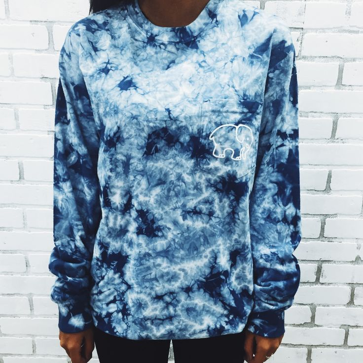 Pocketed navy acid wash tie dye classic print ivory ella for How to wash tie dye shirt after dying