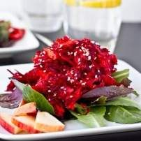 Recipe Enzimatic Beetroot Salad by CL03046 - Recipe of category Starters