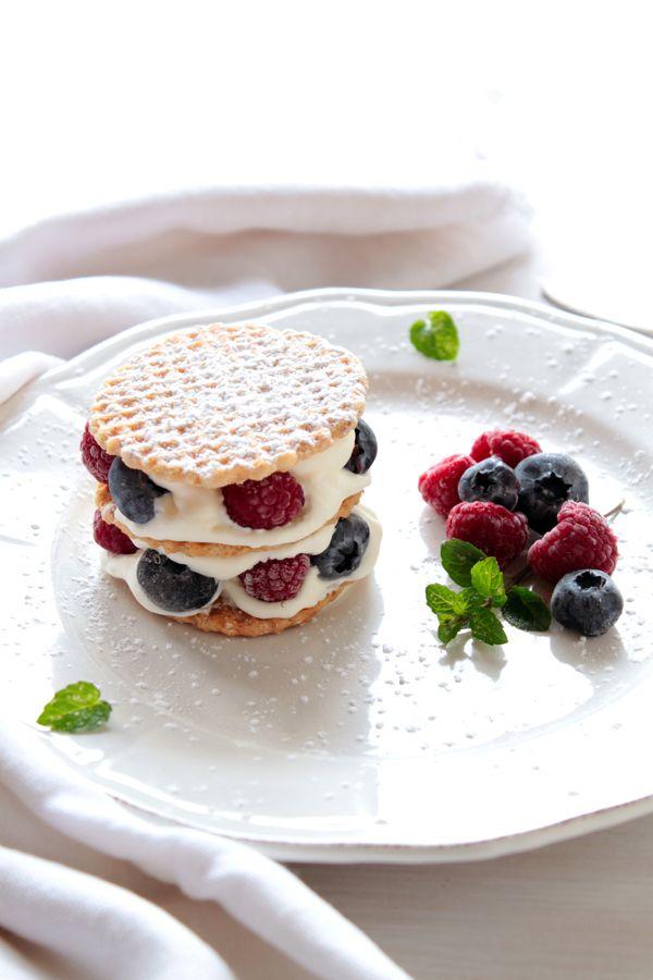 Dessert créé pour La Confiture: dessert en couche avec gaufrettes et confiture framboise de La Confiture