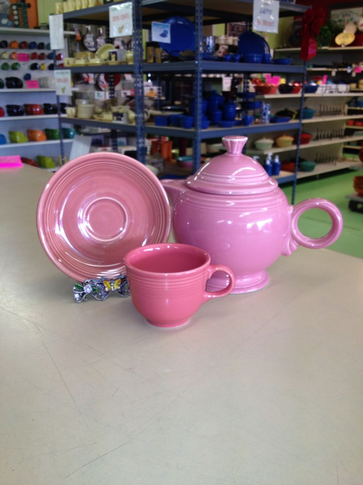 Dusty Rose Saucer Rose Teapot and Flamingo Tea Cup & 49 best Fiesta® / Homer Laughlin China: Shades of Pink images on ...
