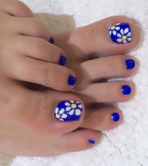 Blue Summer Pedicure With Flowers Toes Nailart Summernails