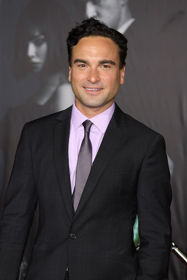 Johnny Galecki | Johnny Galecki - Celebrity photos, biographies and more