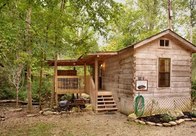 On the Creek - This cabin is directly bedside a creek! Let the peaceful sounds of flowing water put you to sleep. http://www.parksidecabinrentals.com/gatlinburg-cabins-1-on-the-creek