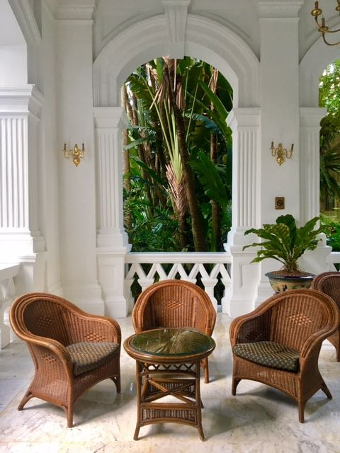 Raffles Hotel, Singapore 24 Hours Travel Guide