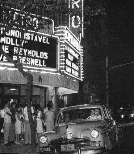 Fotos antigas do Rio de Janeiro - Page 122 - SkyscraperCity Av. N. Senhora de Copacabana (Cinema Metro-Copacabana) - 1965