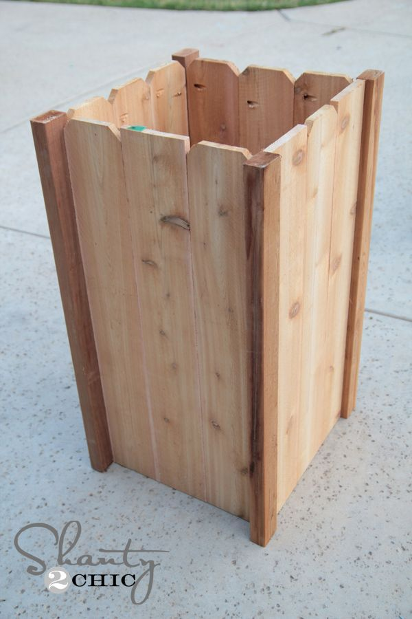 We have collected the most amazing DIY wooden planter box ideas to