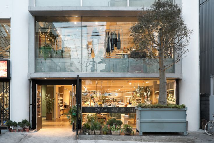 Jo Nagasaka (Schemata Architects)  長坂 常(スキーマ建築計画)  todays-special
