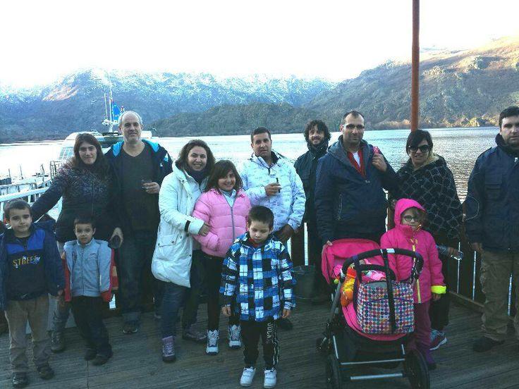 Nuestros mejores clientes, los niños, disfrutando de ayer de nuestro Crucero Ambiental en el Lago de Sanabria. Por eso, porque les encanta, la Federación Española de Familias Numerosas nos concedió el Sello de Turismo Familiar http://www.familiasnumerosas.org/turismo-familiar/primeros-sellos-de-turismo-familiar/