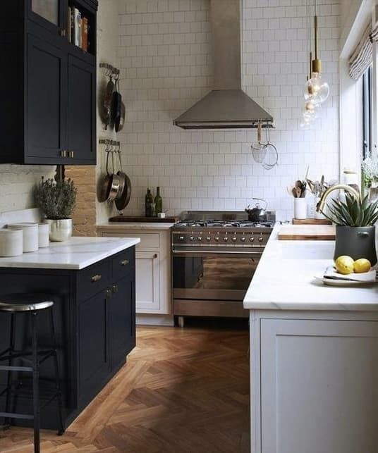 Apartment Galley Kitchen Designs: 779 Best Images About Galley Kitchens On Pinterest