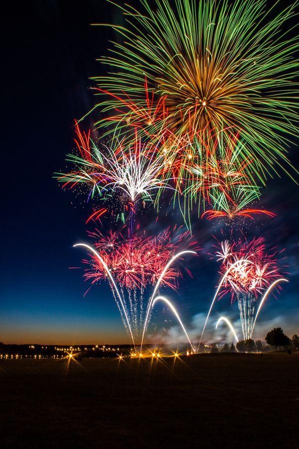 109 Best Fireworks Colours Burst Images On Pinterest