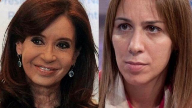 CFK IMPARABLE: EN UNA NUEVA ENCUESTA TAMBIEN LE GANA A VIDAL   La fórmula CFK-Scioli obtendría un 37% de votos sobre 35% de Vidal-J.MacriLa Consultora Dicen que dirige Hilario Moreno midió en territorio bonaerense una posible lista de Cambiemos encabezada por Vidal junto a Jorge Macri.  La fórmula de Cristina Kirchner-Daniel Scioli obtendría un 37% de intención de votos sobre 35% de Vidal-J.Macri bajando a un 14% la fórmula de Sergio Massa-Margarita Stolbizer. En un análisis previo de la…